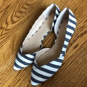 BCBG Paris Black & White Striped Flats - 8-1/2M